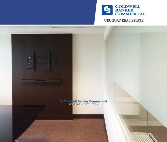 Foto Oficina en Alquiler en  Pocitos Nuevo ,  Montevideo  WTC TORRE 1 Oficina en alquiler