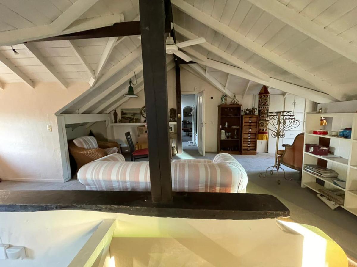 Foto Casa en Venta en  Las Lomas de San Isidro,  San Isidro  3 de Febrero al 2300