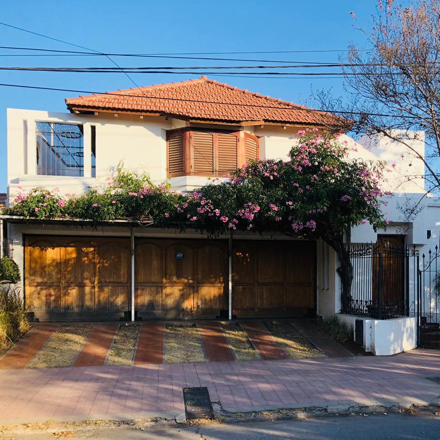 Foto Casa en Alquiler en  Parque Velez Sarsfield,  Cordoba Capital   Andres Pedro Degoy al 3200
