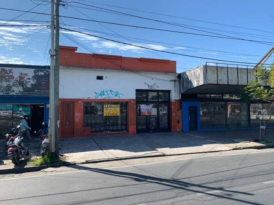 Foto Local en Venta en  Villa Dominico,  Avellaneda  Avenida Mitre al 4500