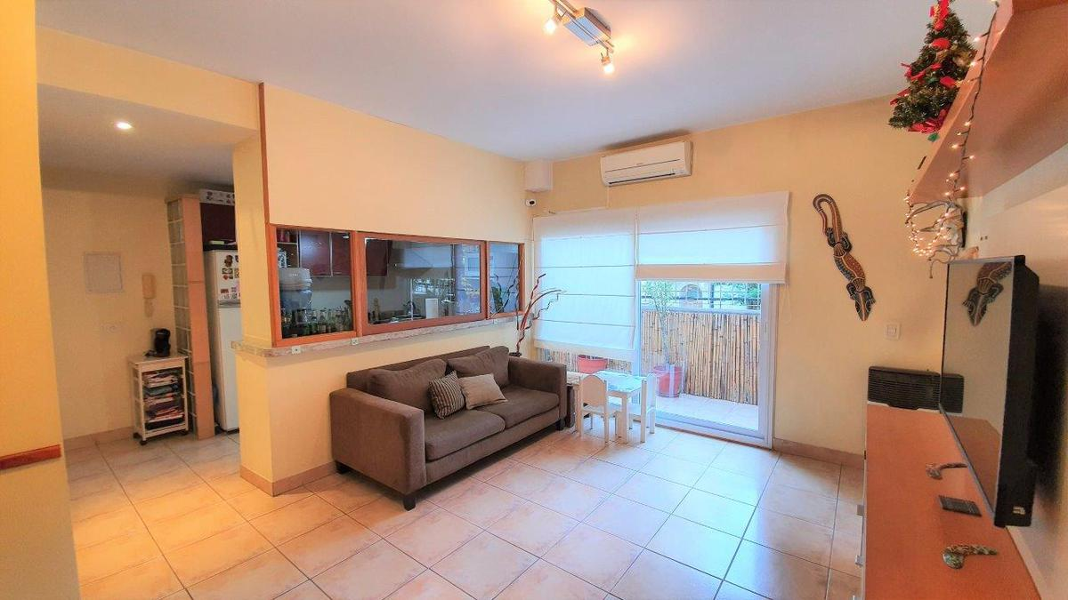 Foto PH en Venta en  Colegiales ,  Capital Federal  Palpa al 2900