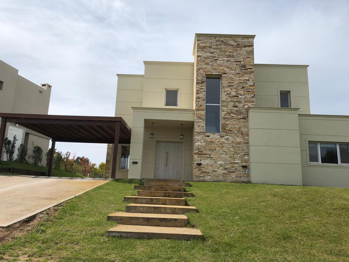Foto Casa en Alquiler temporario en  Costa Esmeralda,  Punta Medanos          Senderos III al 457