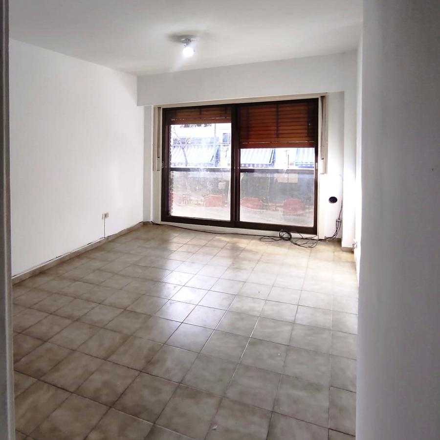Foto Departamento en Alquiler en  Barrio Norte ,  Capital Federal  anchorena al 800
