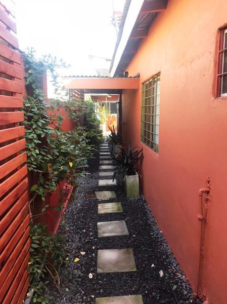 Foto PH en Alquiler en  Lomas de Zamora Oeste,  Lomas De Zamora  12 de Octubre  334