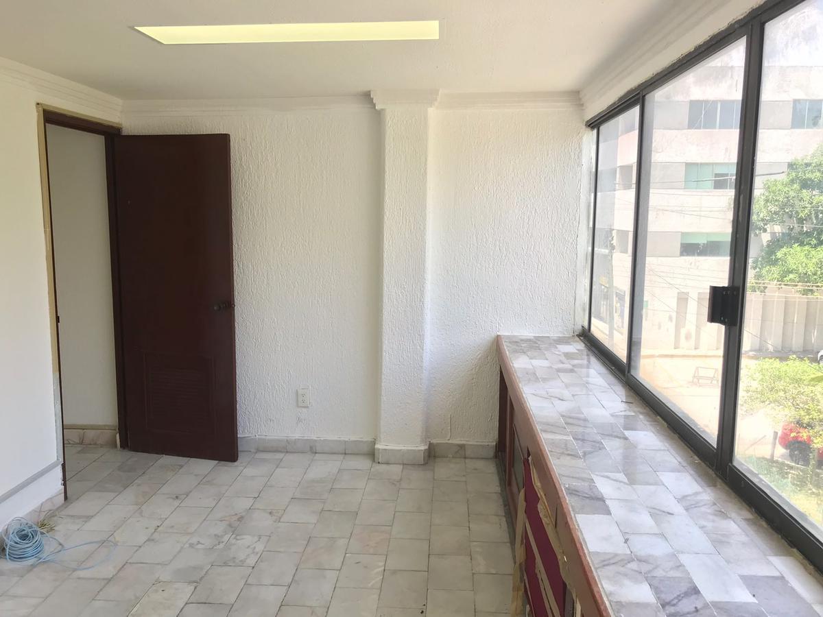 Foto Oficina en Renta en  Supermanzana 2 Centro,  Cancún  Oficina en RENTA - Cancun Av. Nader