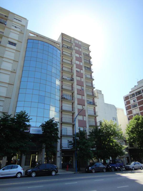 Foto Departamento en Alquiler en  Plaza Mitre,  Mar Del Plata  Av. Colón entre Yrigoyen y Mitre