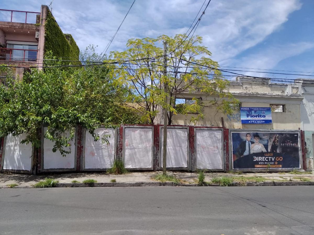 Foto Terreno en Venta en  Mart.-Santa Fe/Fleming,  Martinez  HIPOLITO YRIGOYEN 442/454