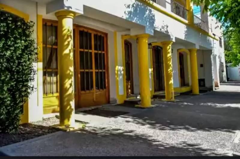 Foto Casa en Venta en  General Roca ,  Rio Negro  Kennedy  al 1700