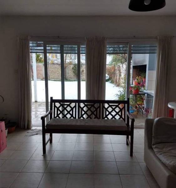 Foto Casa en Venta en  General Roca ,  Rio Negro  URUGUAY  al 200