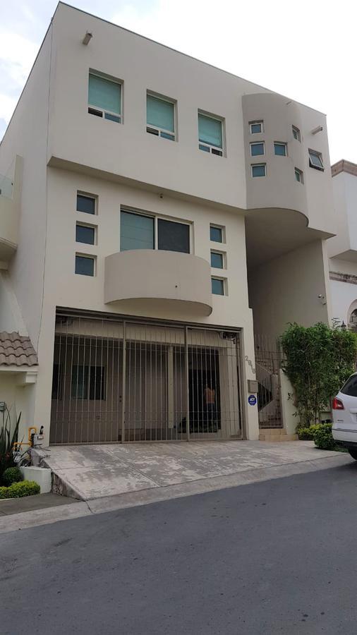 Foto Casa en Renta en  Cumbres 5to Sector,  Monterrey  CASA EN RENTA CUMBRES 5TO SECTOR