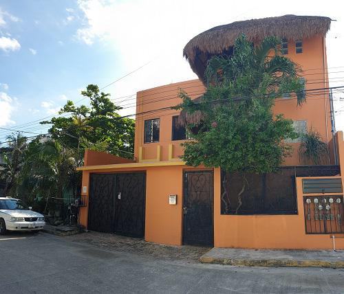 Foto Edificio Comercial en Venta en  Playa del Carmen Centro,  Solidaridad  Col Centro
