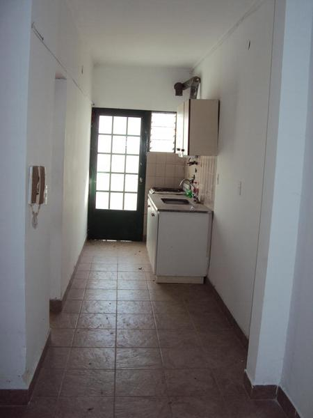 Foto Departamento en Alquiler en  La Plata ,  G.B.A. Zona Sur  Diagonal 94 y 25