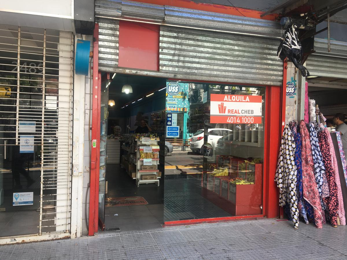 Foto Local en Alquiler en  Belgrano ,  Capital Federal  Echeverria al 2400