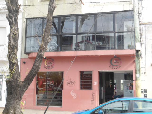 Foto Local en Venta en  La Plata ,  G.B.A. Zona Sur  41 entre 21 y 22