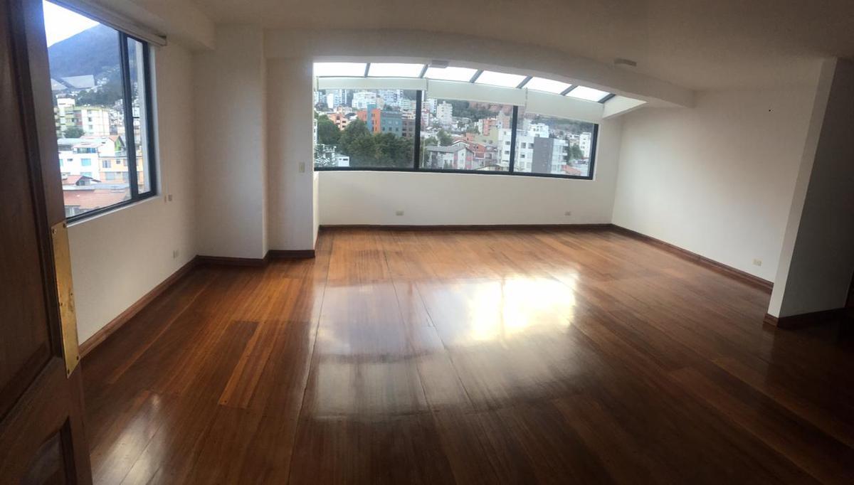 Foto Departamento en Alquiler en  Centro Norte,  Quito  RENTA DEPART. 3 DORM. 200m²,PLAZA DE LAS AMÉRICAS