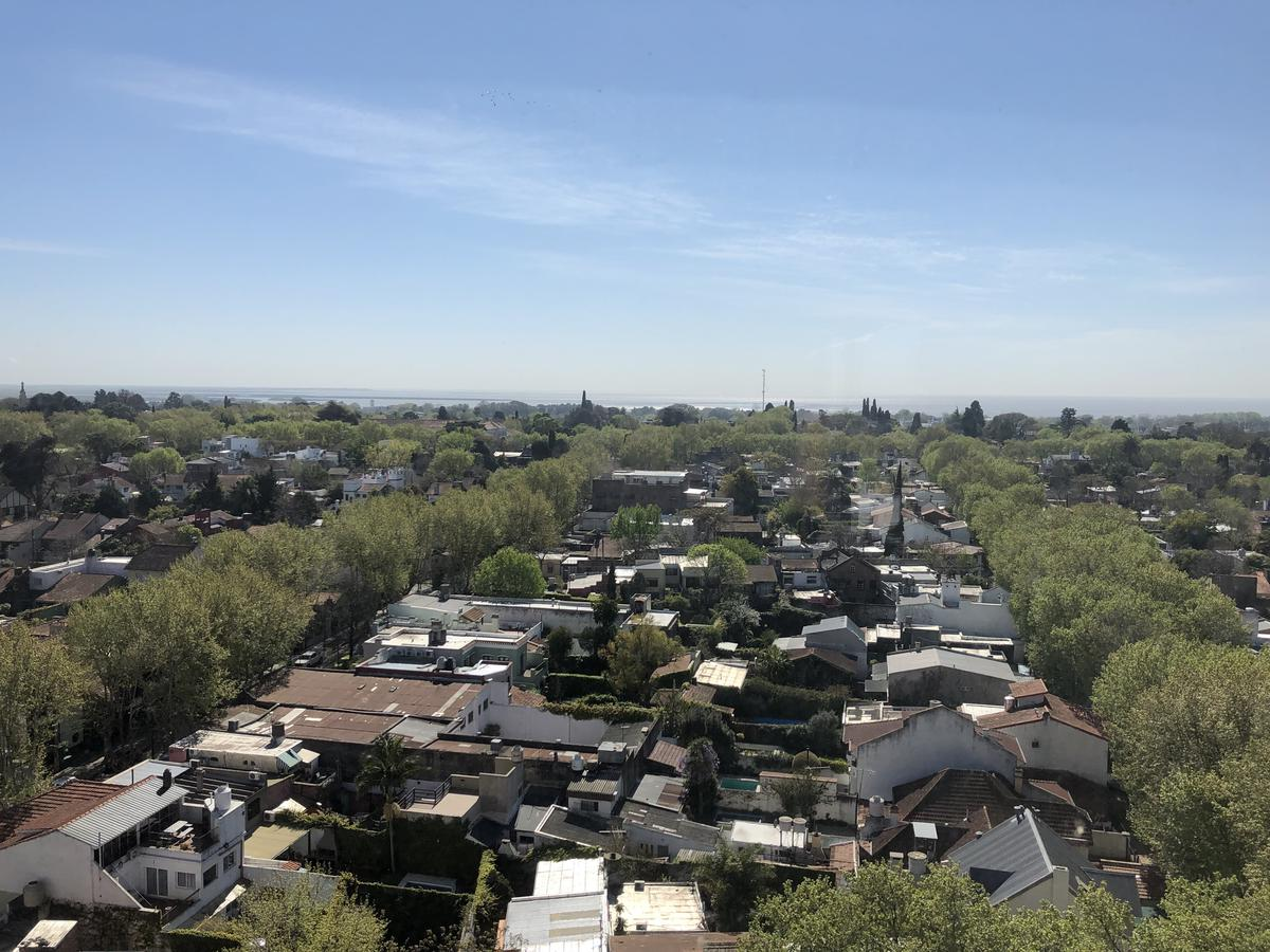 Foto Departamento en Venta en  San Isidro Central,  San Isidro  Av Centenario al 900