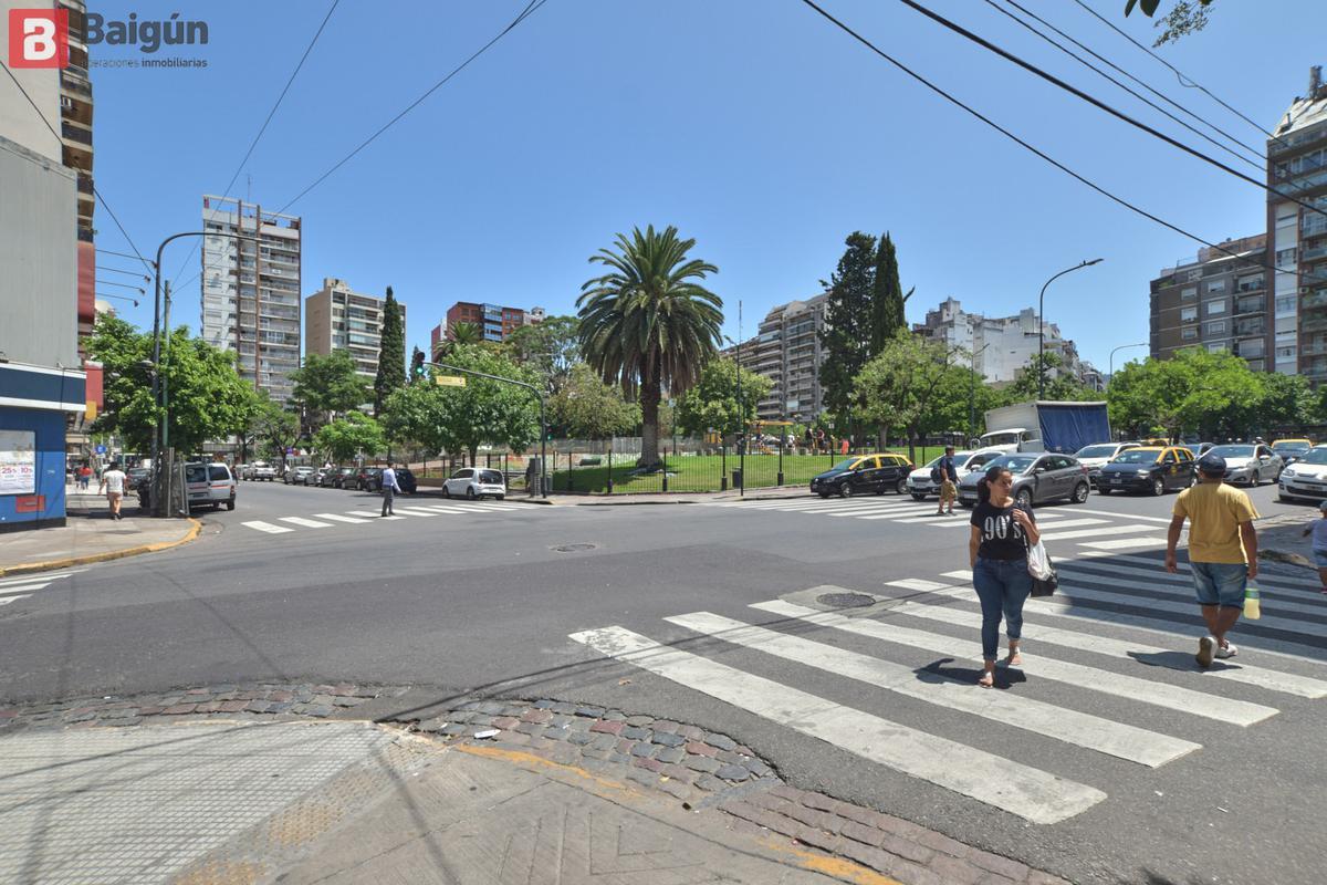 Foto Local en Alquiler en  Recoleta ,  Capital Federal  Paraguay esq Jean Jaures