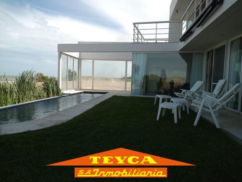 Foto Casa en Venta en  Pinamar ,  Costa Atlantica  Burriquetas 4335