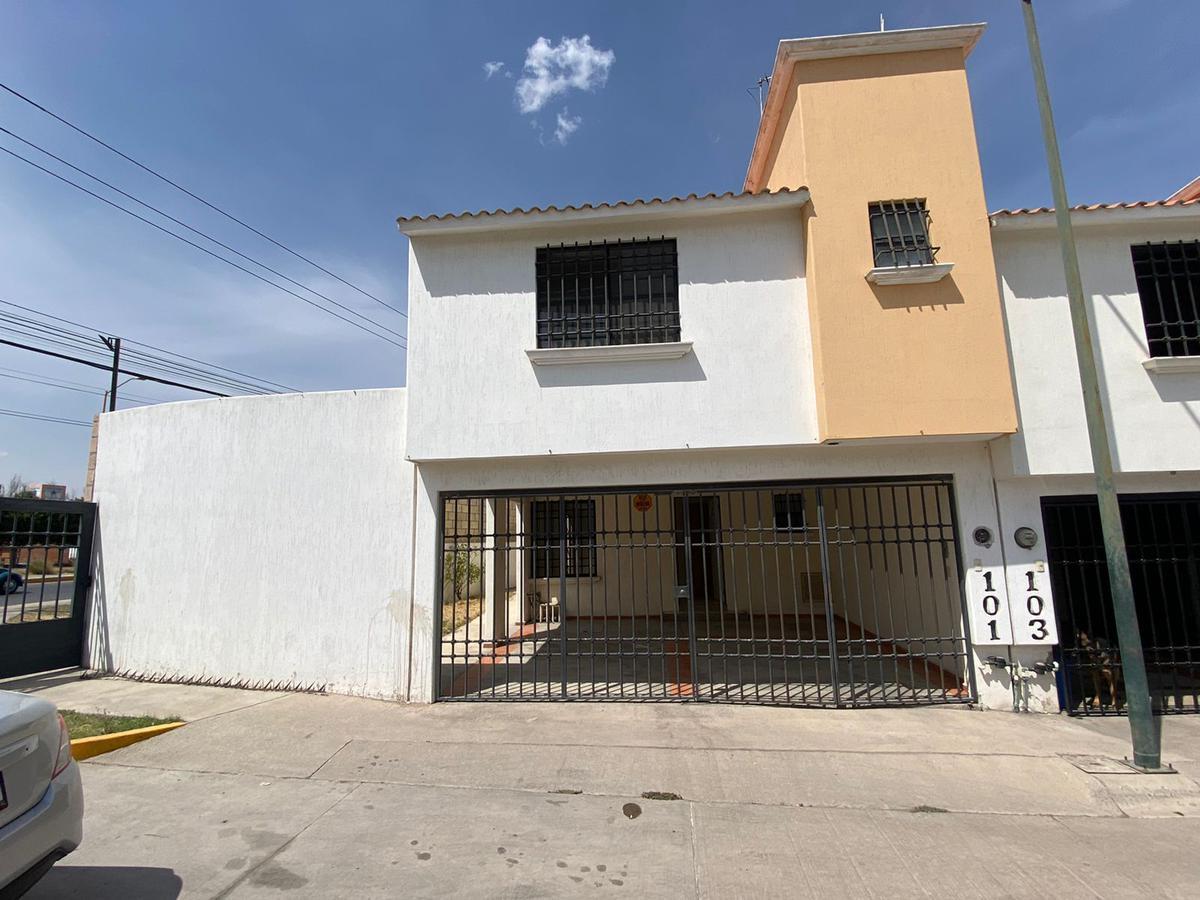 Foto Casa en Venta en  San Luis Potosí ,  San luis Potosí  CASA EN VENTA EN PRIVADA ANTES DE PLAZA CITADINA, SAN LUIS POTOSI