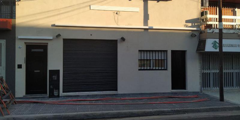 Foto Local en Alquiler en  Valentin Alsina,  Lanus  PASO DE LA PATRIA al 600