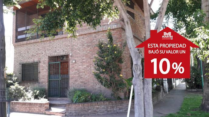 Foto Casa en Venta en  Olivos-Maipu/Uzal,  Olivos  CARLOS GARDEL al 2900