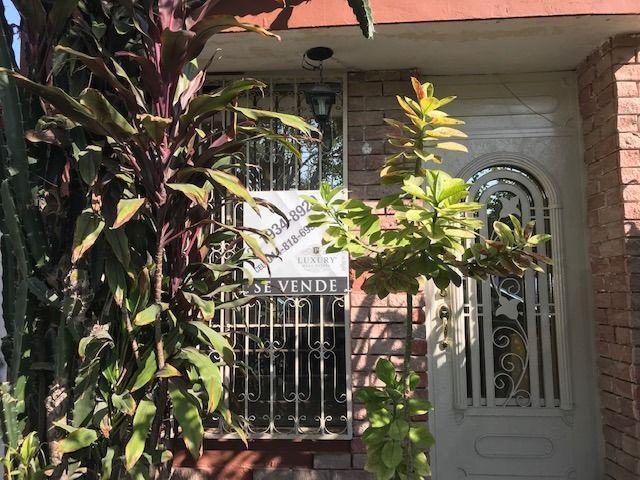 Foto Casa en Venta en  Valle de HuinalA,  Apodaca  CASA VALLE DE HUINALA