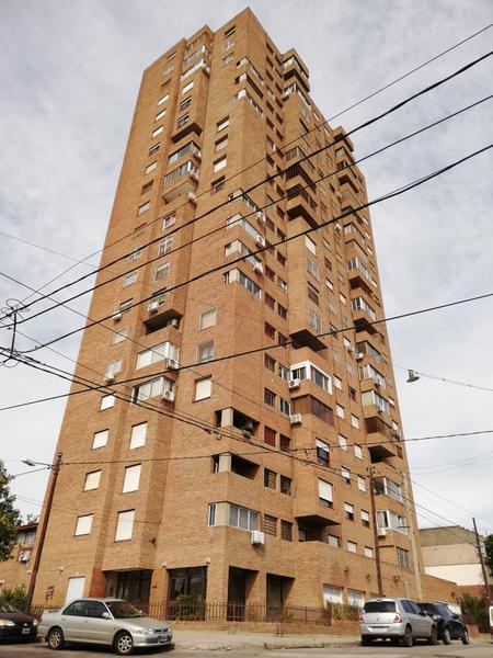 Foto Departamento en Alquiler en  Alberdi,  Cordoba  FRANCISCO MUÑIZ  N° al 400