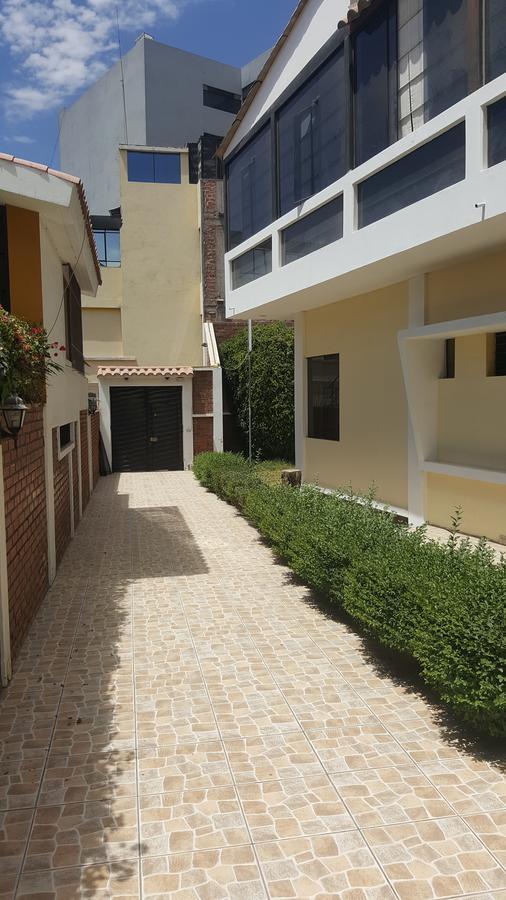 Foto Casa en Venta en  Yanahuara,  Arequipa  Calle Ampatacocha al 300