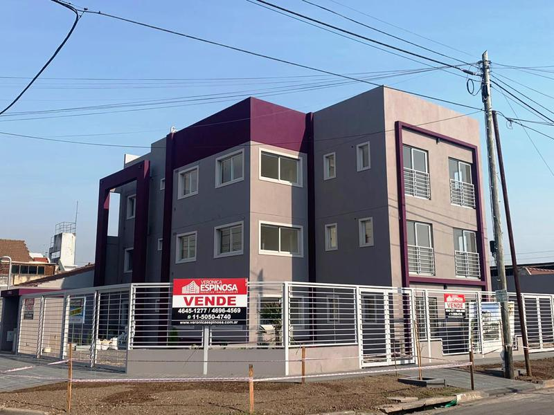 Foto Departamento en Venta en  Moron ,  G.B.A. Zona Oeste  Sagasta 900 - 1º A. Frente Grito de Alcorta
