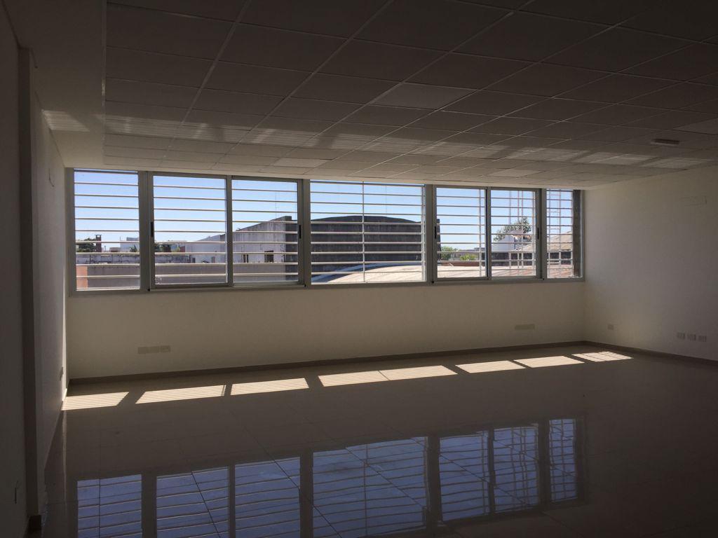 Foto Oficina en Alquiler en  General Rodriguez,  General Rodriguez  Alquila Oficina, Gral. Rodríguez, a Estrenar