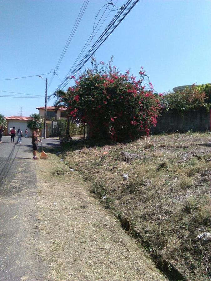Foto Terreno en Venta en  Escazu,  Escazu  Guachipelin Norte/ 810 m2 / Dentro de Residencial/ Ideal para construir la casa de sus sueños