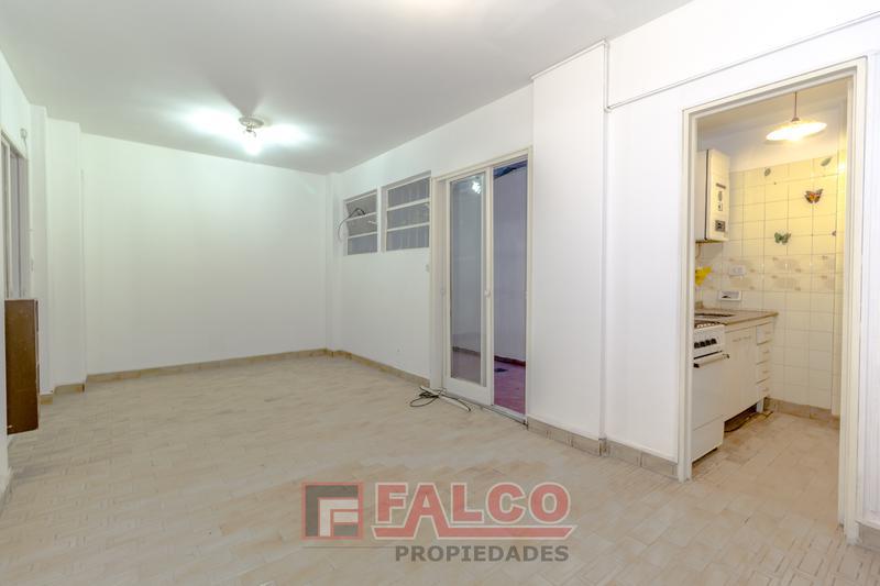 Foto Oficina en Venta en  Caballito ,  Capital Federal  Malvinas Argentinas al 200