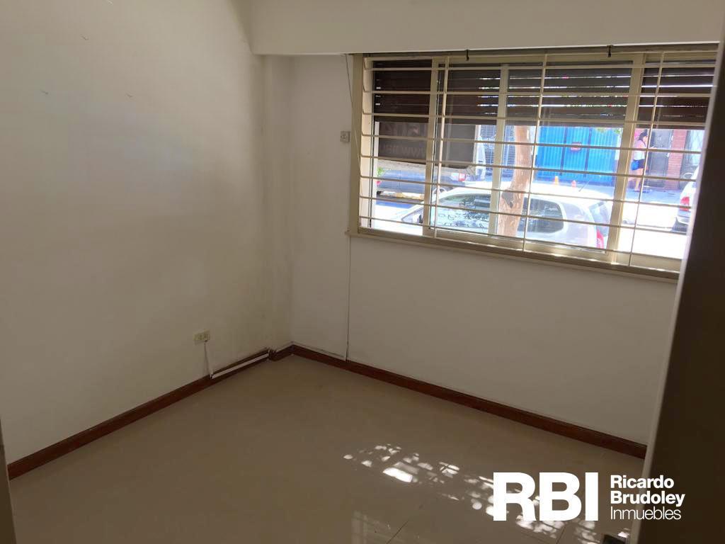 Foto Departamento en Venta | Alquiler en  Villa Devoto ,  Capital Federal  Benito Juarez 3532