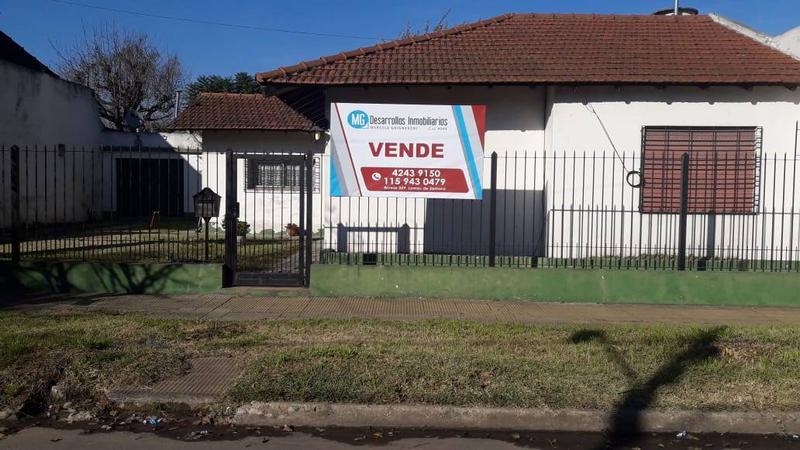 Foto Casa en Venta en  Burzaco Este,  Burzaco  Amancio Alcorta al 500