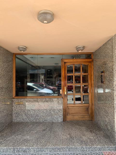 Foto Departamento en Venta en  Lomas de Zamora Oeste,  Lomas De Zamora  Laprida al 500