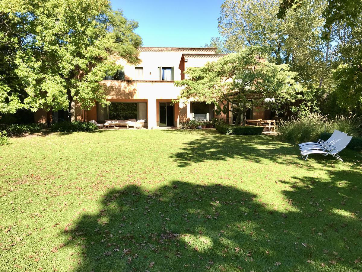 Foto Casa en Alquiler en  San Jose,  Countries/B.Cerrado (San Isidro)  Barrio San Jose San Isidro- Ramos Mejia 2459