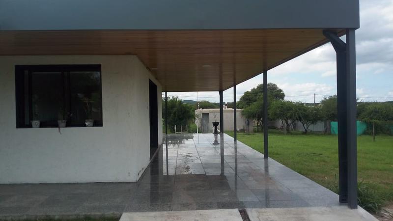 Foto Casa en Venta en  Villa Catalina,  Rio Ceballos  Casa en venta en Villa Catalina - 150 mts cubiertos. Se recibe menor.