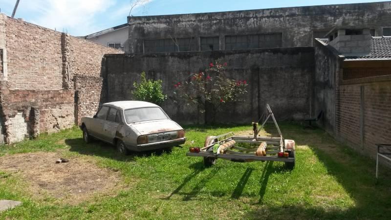 Foto Casa en Venta en  Moron,  Moron  Huaura al 800