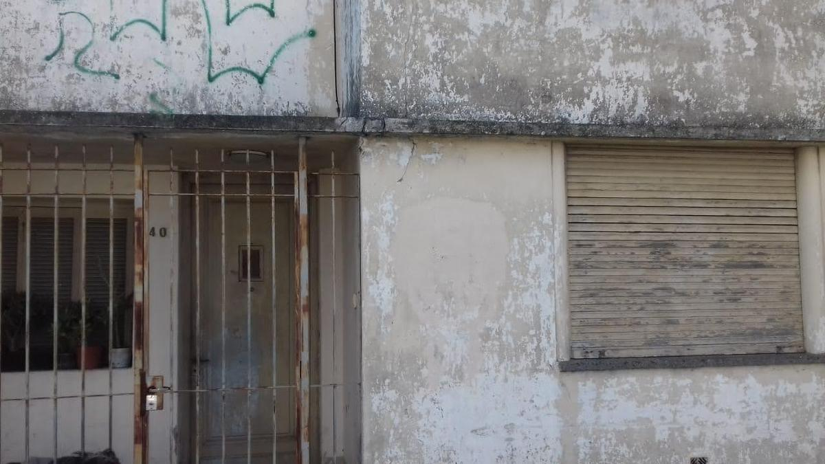 Foto Terreno en Venta en  La Plata ,  G.B.A. Zona Sur  CALLE 23, al 600