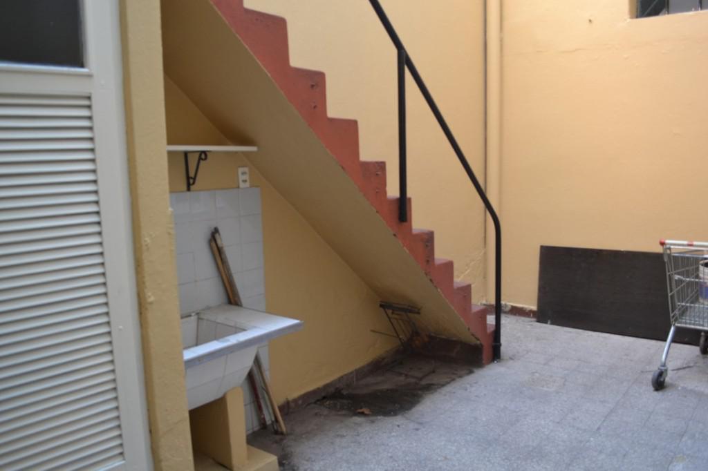 Foto Local en Venta en  Lanús Oeste,  Lanús  Riobamba 53