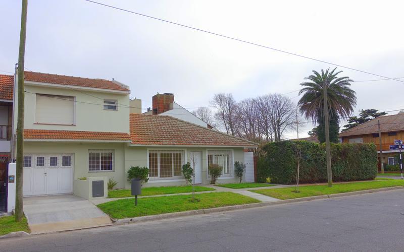 Foto Casa en Alquiler en  Divino Rostro,  Mar Del Plata  Güemes  y Laprida