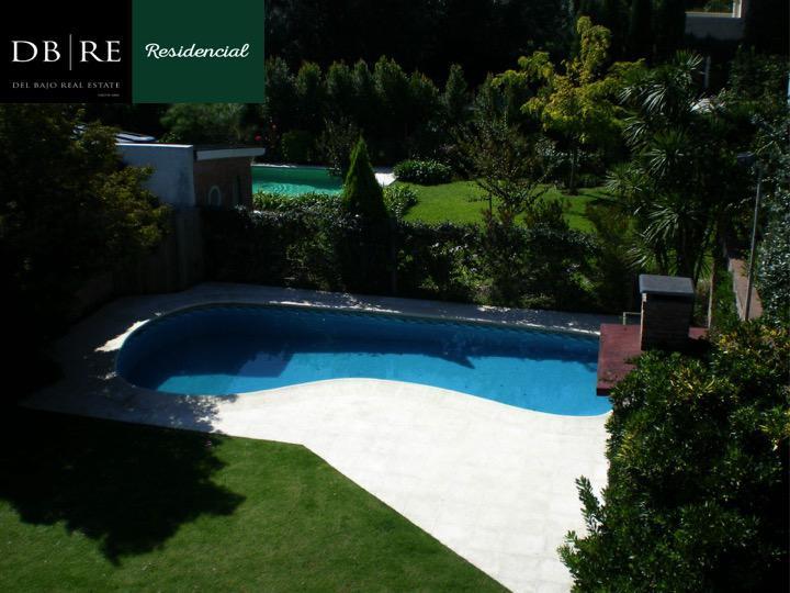 Foto Casa en Venta en  Mart.-Libert./Rio,  Martinez  Jose C. Paz Nº al 1100