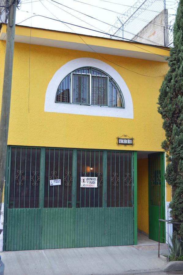 Foto Casa en Venta en  Ferrocarril,  Guadalajara  Calle 10 A casa 2240