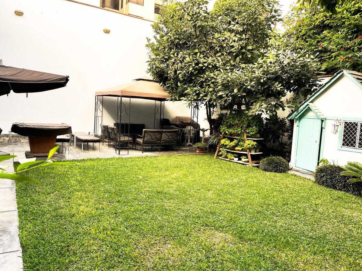 Foto Casa en Venta en  Miraflores,  Lima  Calle Lord Nelson