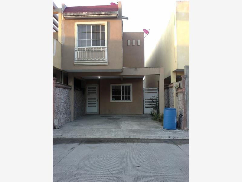 Foto Casa en Renta en  Fraccionamiento Arecas,  Altamira  Casa amueblada en renta