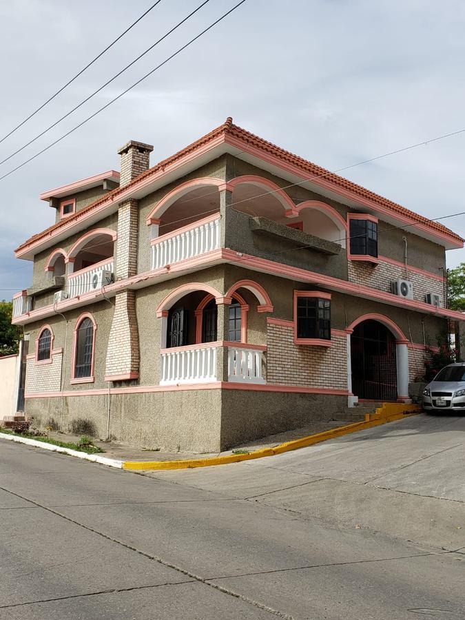 Foto Casa en Venta en  Fraccionamiento Chairel,  Tampico  Casa en VENTA Fracc. Chairel