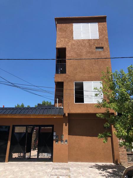 """Foto PH en Alquiler en  Ezeiza ,  G.B.A. Zona Sur  Ituzaingo 648 """"3"""""""