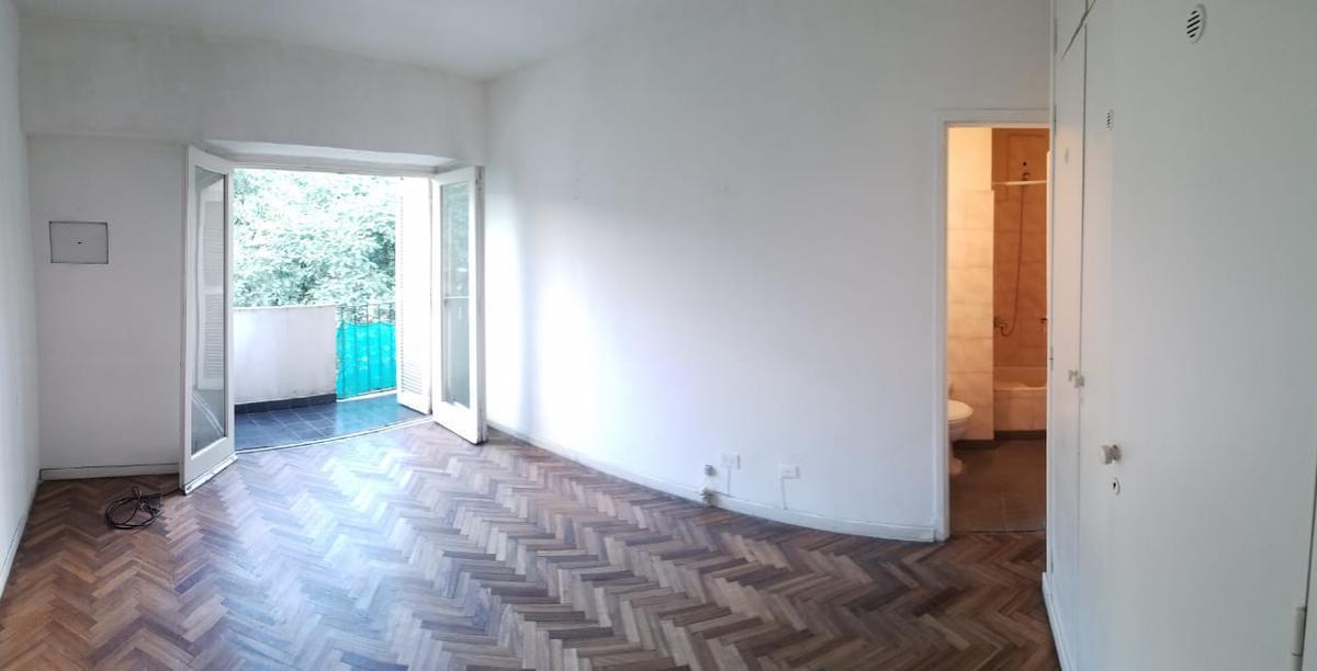 Foto Departamento en Alquiler en  Caballito ,  Capital Federal  Bogotá al 300