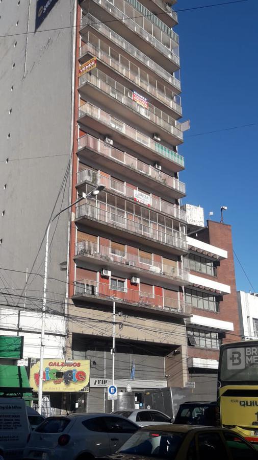 Foto Departamento en Venta en  Avellaneda,  Avellaneda  Av Mitre al 600