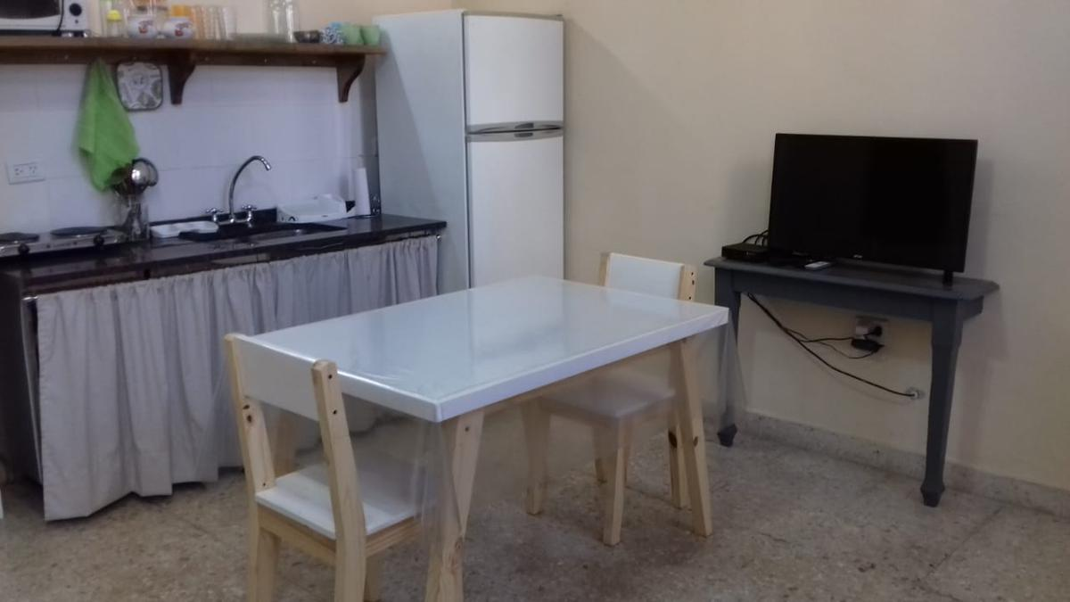 Foto PH en Alquiler temporario en  Caballito ,  Capital Federal  Apolinario Figueroa 2073
